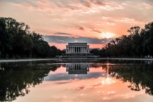 family friendly activity in Washington is visiting Lincoln memorial
