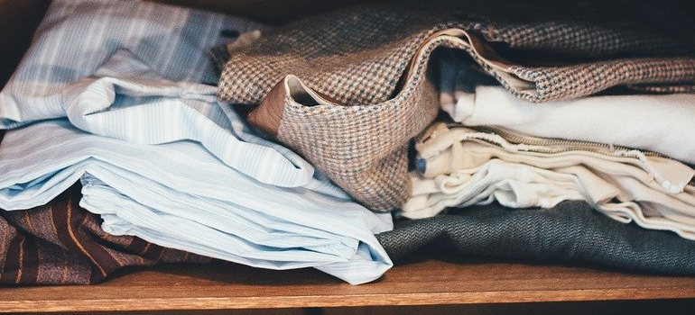 clothes you can pack first when moving to Towson